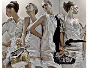 prada-models-bags